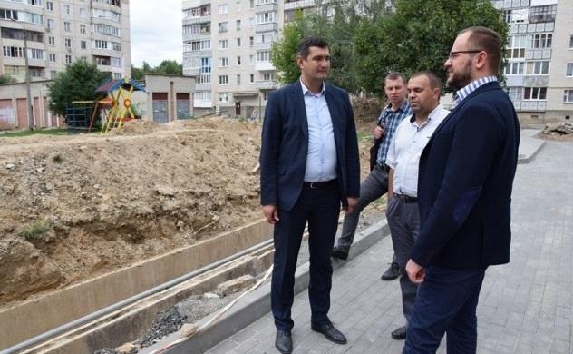 В Белореченске начался ремонт дорог, которые никогда до этого не ремонтировали