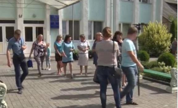 Скандал в белореченской школе: директор унижает детей