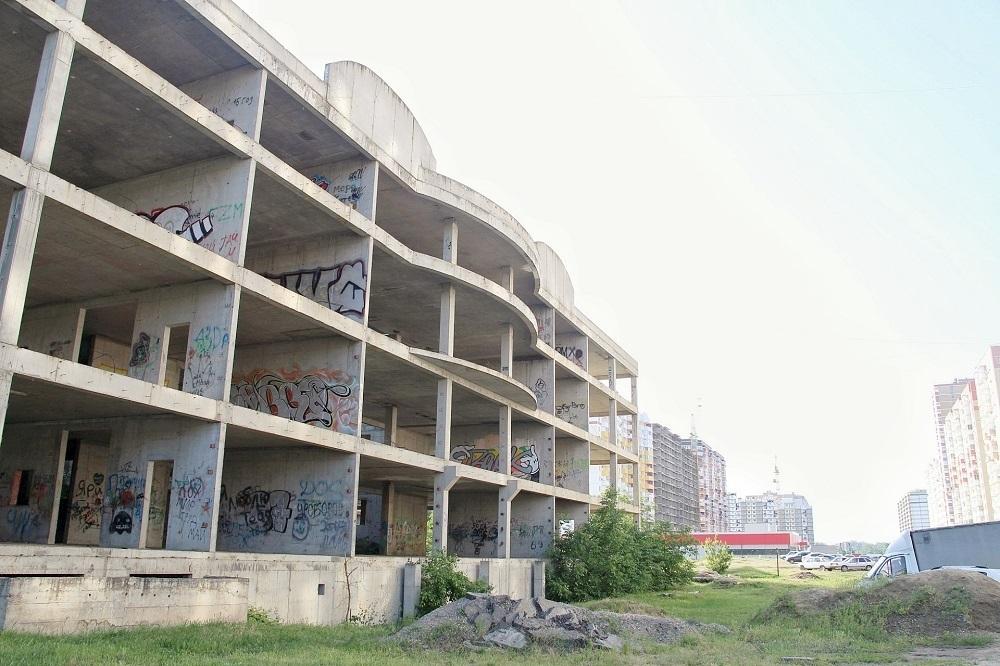 Недострой Минобороны передали мэрии Краснодара
